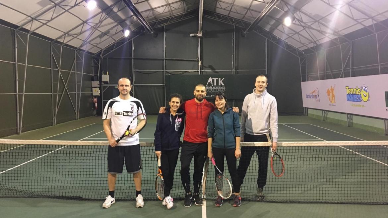 Yetişkin tenis okulumuz devam ediyor!